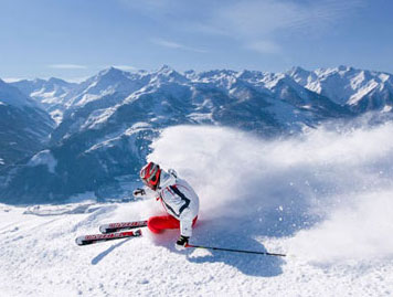 Skiing holiday in the Zillertal Arena for every winter sports enthusiast